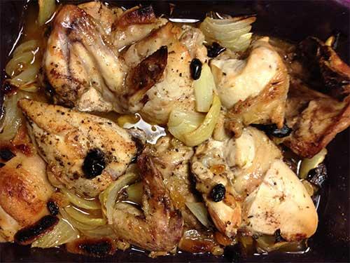 Kyckling med smak av spiskummin, kanel och aprikos