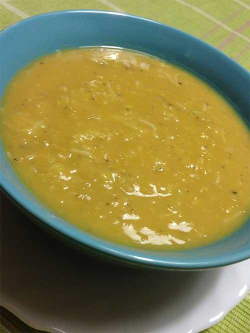 Snabba linssoppan (chorba adis)