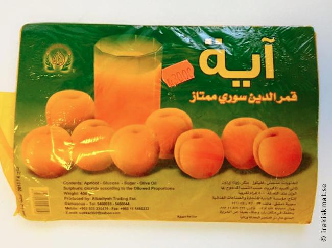 Soltorkade aprikos som pressats till en pasta