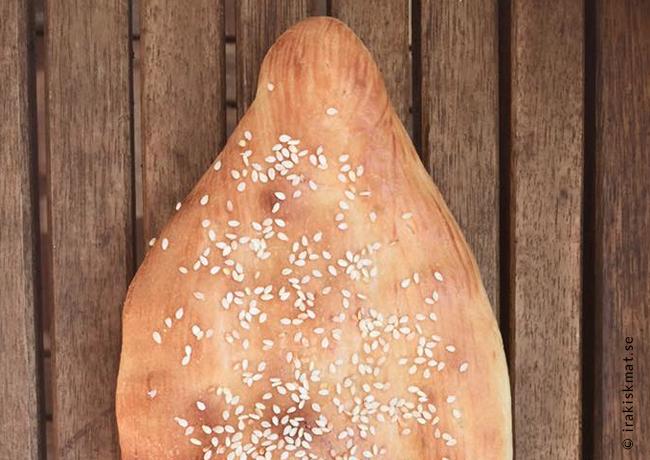 Irakiskt bröd samoon (samoun)