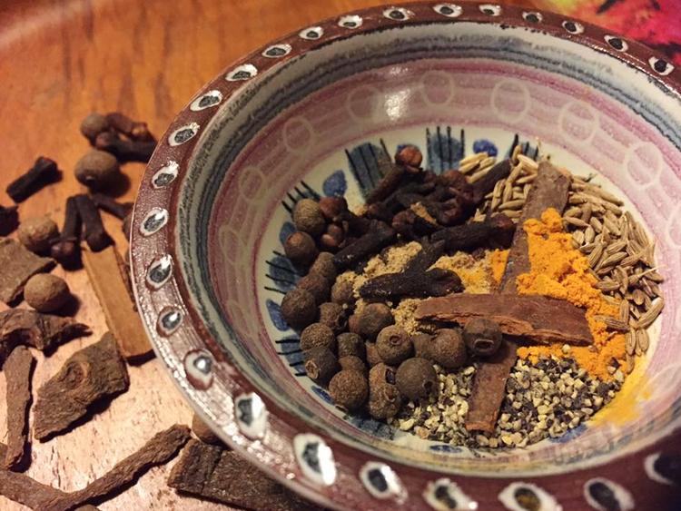 Äkta irakisk biryani-krydda