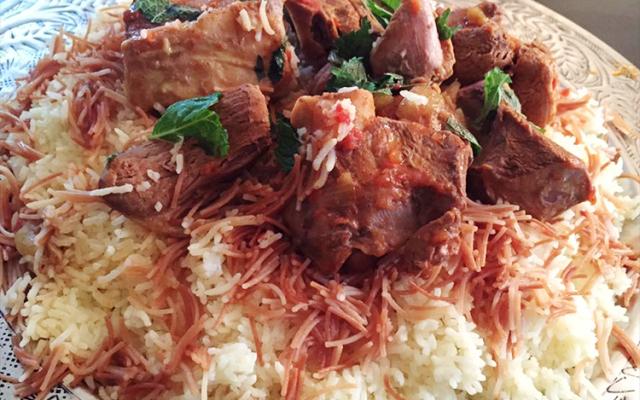 Irakisk khouzi, lamm kokt i tomat (khozi, kozi)