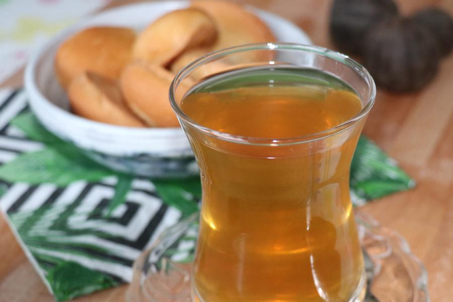 Irakiskt te (noomi basra, noomi hamed)